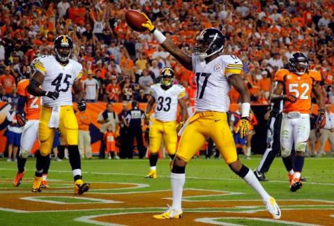 No one wants Roethlisberger back more than his favorite deep threat, Mike Wallace.